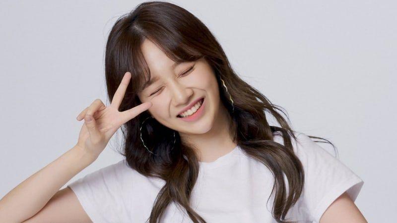 Euna Kim Umumkan Kabar Pernikahan dan Pensiun Dari Industri Hiburan –  KoreanIndo